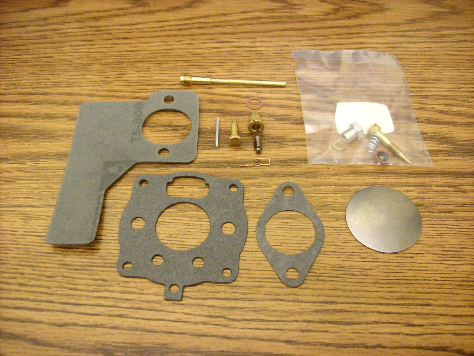 Briggs and Stratton Carburetor Rebuild Kit 391071, 10 to 12 HP 16 HP