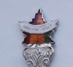 Collector Souvenir Spoon Canada Northwest Territories Inuvik Maple Leaf Emblem - $12.99