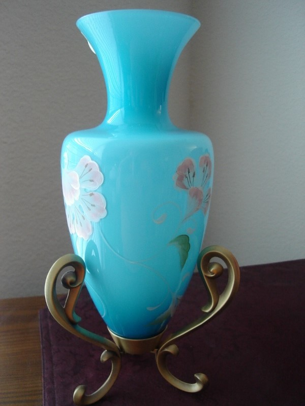 Fenton HP 2005 QVC Landmark Collection Amphora on Brass Stand LTD