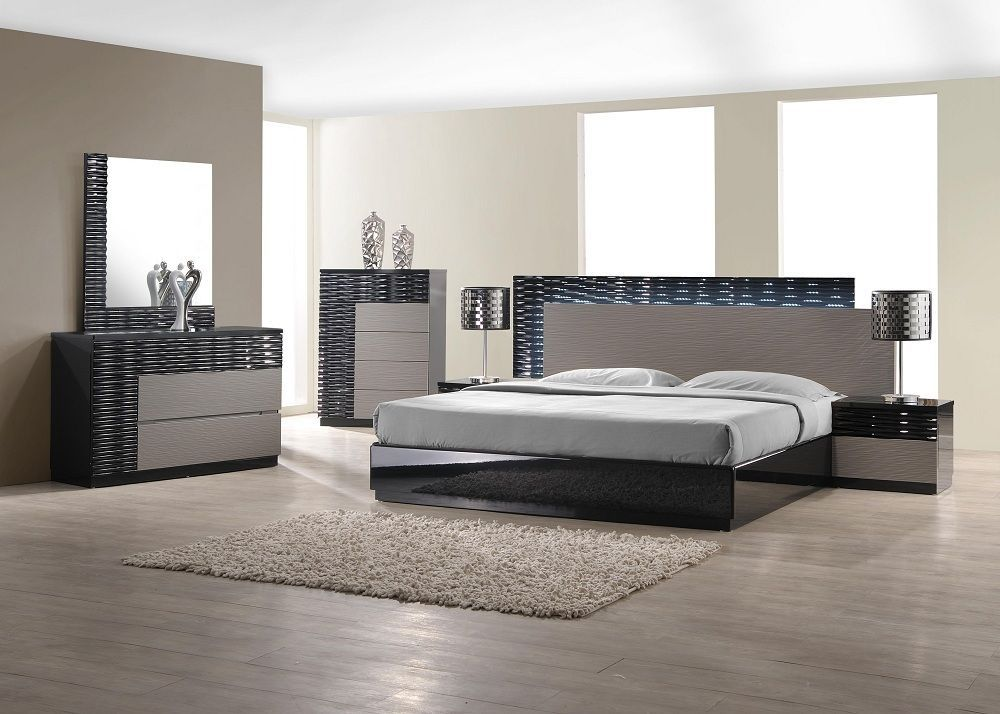 J&M Chic Modern Roma Black & White Lacquer Queen Size Bedroom Set Contemporary