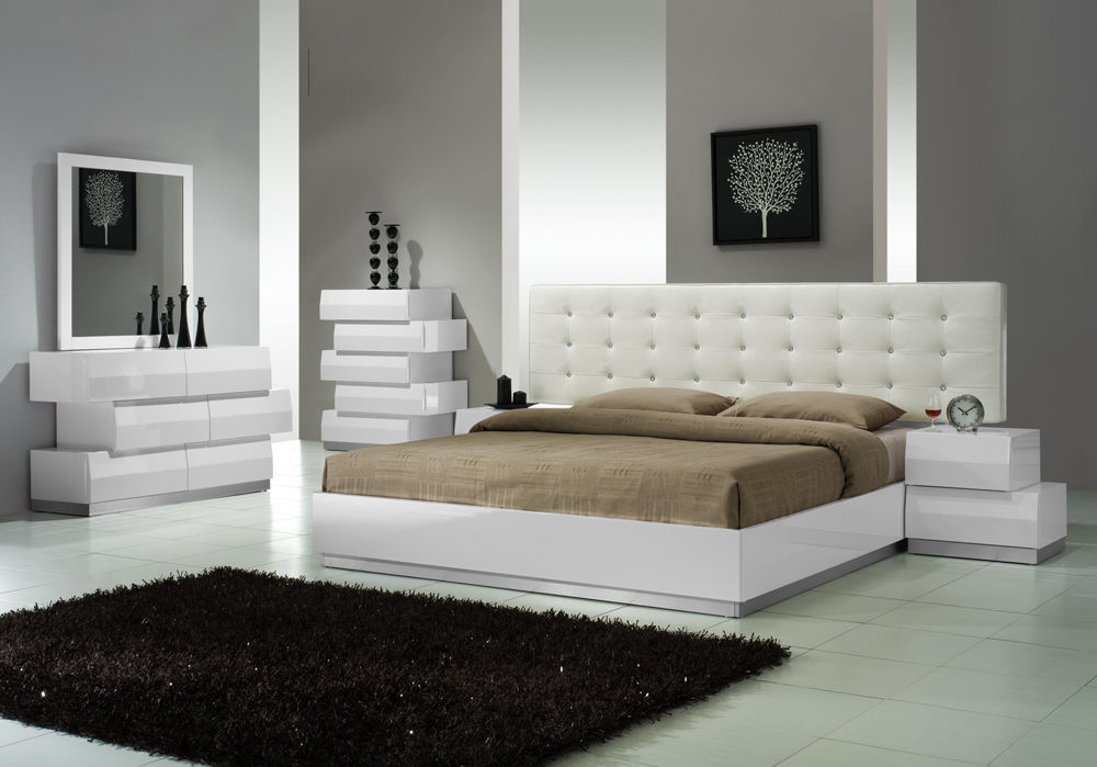 J&M Chic Modern Milan White Lacquer Queen Size Bed Set Contemporary
