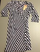 Women's Full Circle Dress Size Large Black White Striped Empowering Women - $16.65