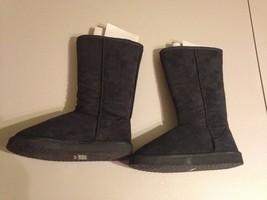 Women's Journee Collection boots size M 7-8 Color black NWOB - $19.59