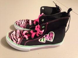 OP Girls Heart Shoes Size 13 NWOB - $9.79
