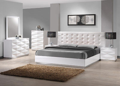 J&M Chic Modern Verona White Lacquer Platform Bed Queen Size 5 Piece Bedroom Set