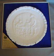 Fenton Colonial Milk Glass Bicenntenial Plate Life, Liberty, and The Pursuit of  - $15.99