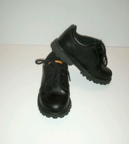 Boy`s Classic Timberland Leather Black Waterproof Low Boots Size 8.5 Snow-Rain