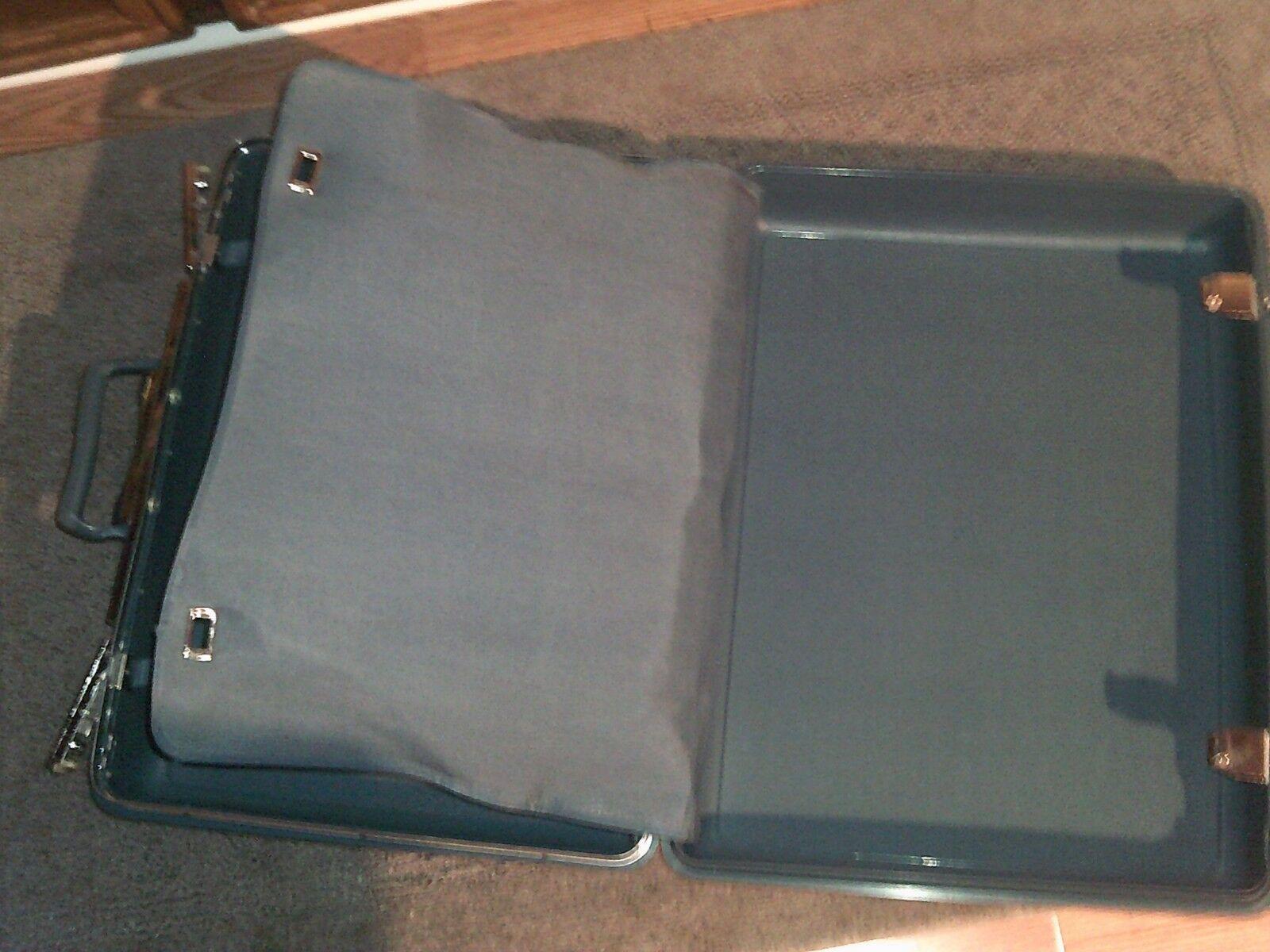 Vintage SAMSONITE ~ 21x17x7 Blue Hard Shell Suitcase Luggage