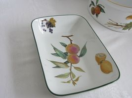 Royal Worcester Evesham Vale Covered Casserole + Rectangular Serving Dish Bowl image 5