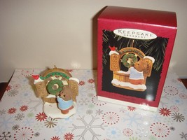 Hallmark 1996 Welcome Sign Tender Touches Ornament - $10.59
