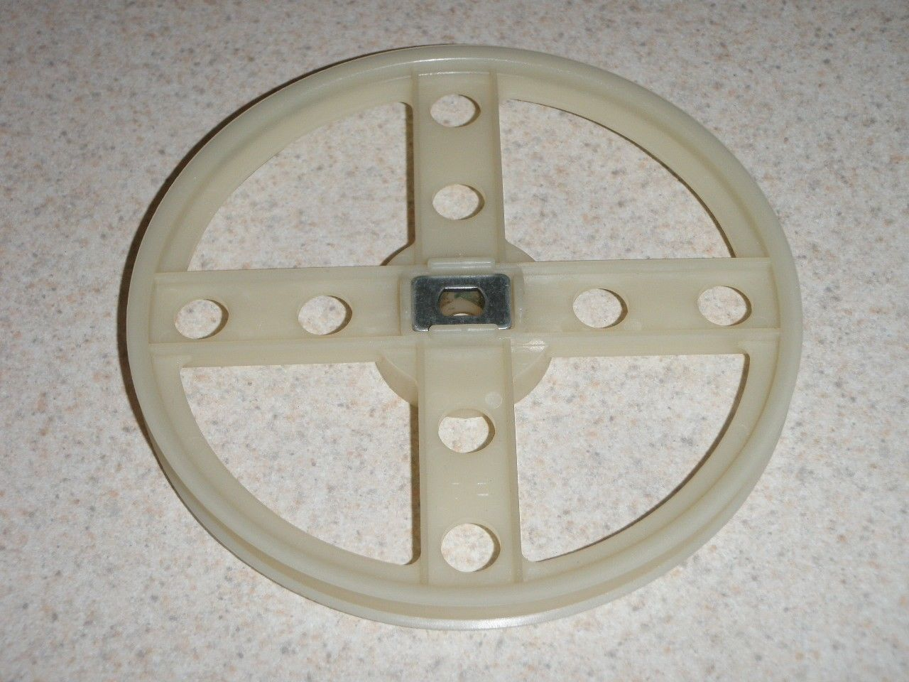 Primary image for Hitachi Bread Machine Timing Pulley Wheel HB-C103