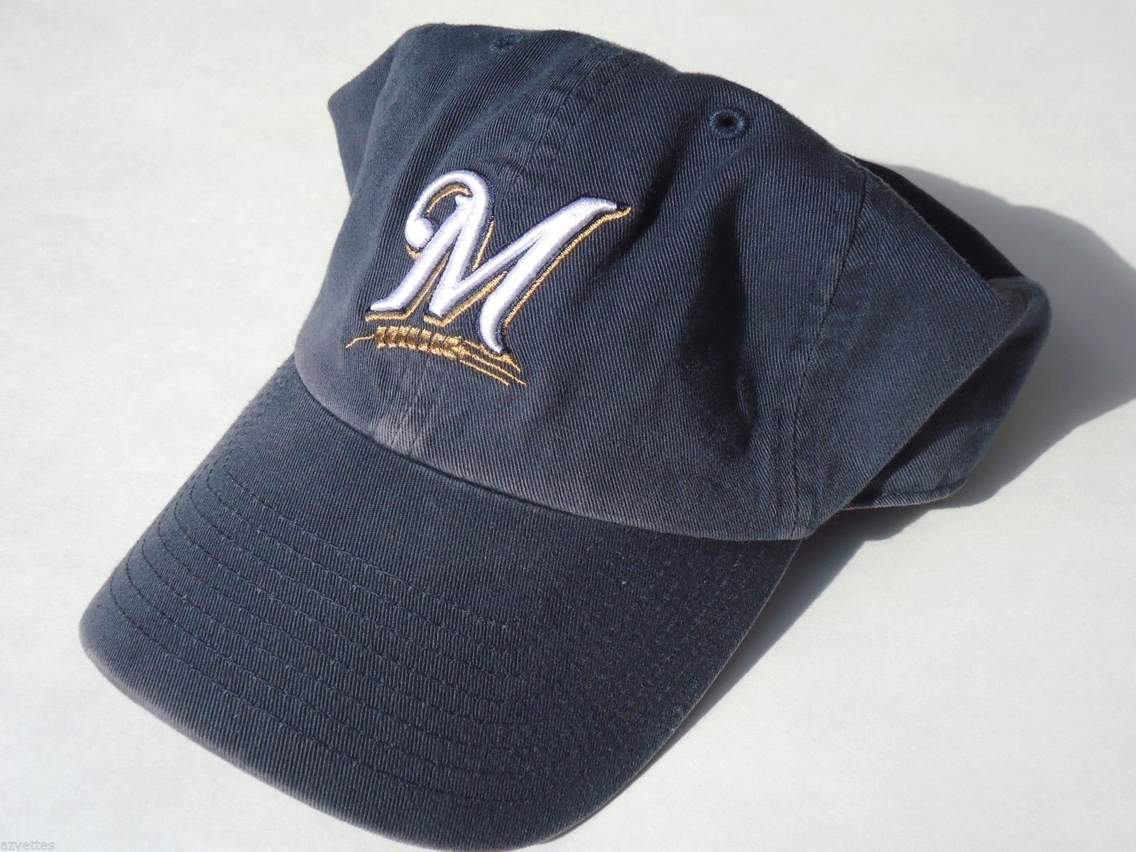 sale retailer 6863e 4f341 New! Milwaukee ~ Brewers~ Size  L    Washed and 50 similar items