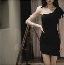 591F030 Sexy elegant a-line dress with single shoulder,,free size, black - $18.80