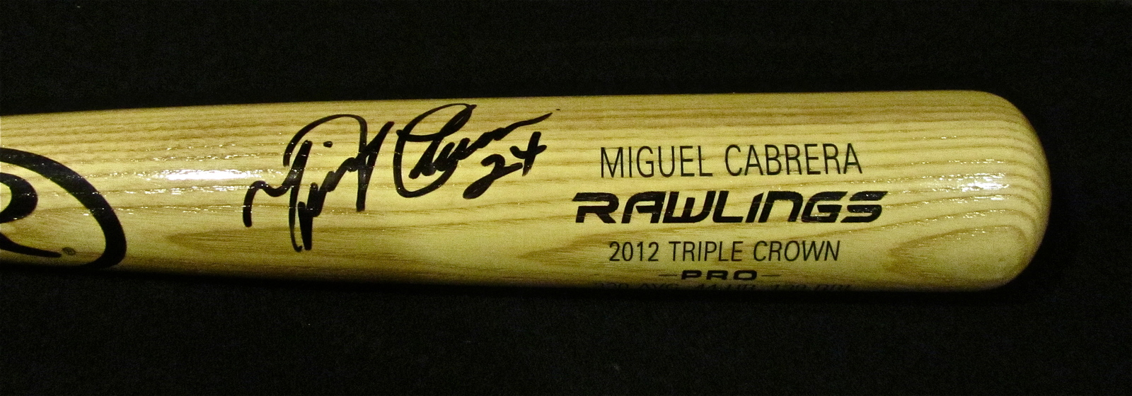 MIGUEL CABRERA AUTOGRAPHED SIGNED RAWLINGS BASEBALL BAT TIGERS TRIPLE CROWN COA
