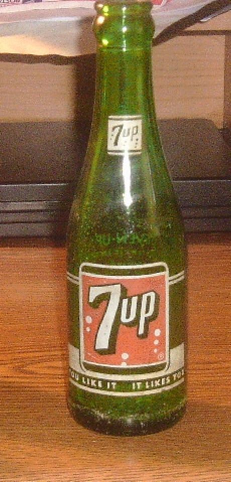 Primary image for Vintage 7 Fl.Oz. 7 Up You Like it It Likes You Soda Bottle