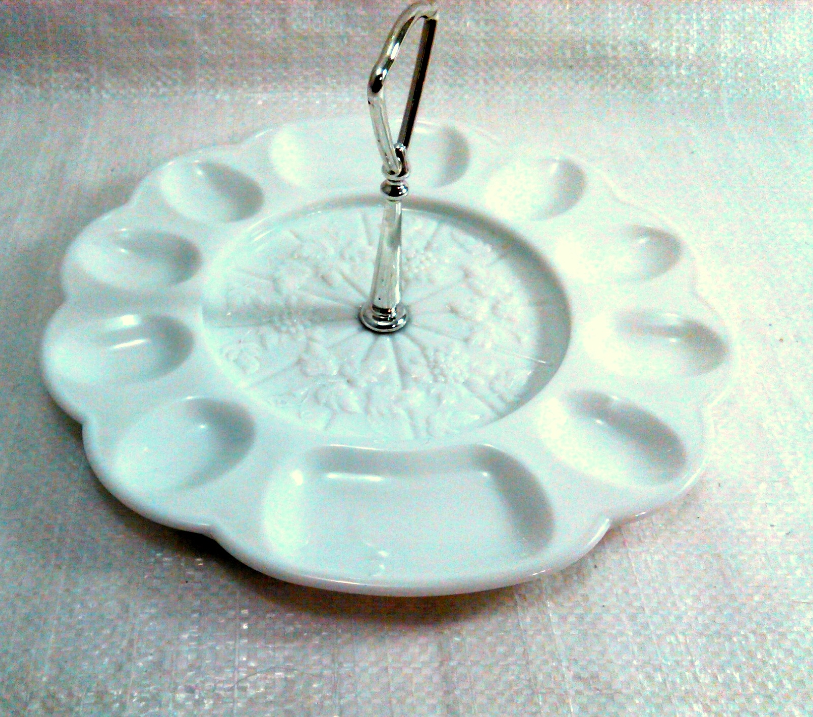 Westmoreland Egg Plate with Metal Handle ~ Vintage White Milk Glass