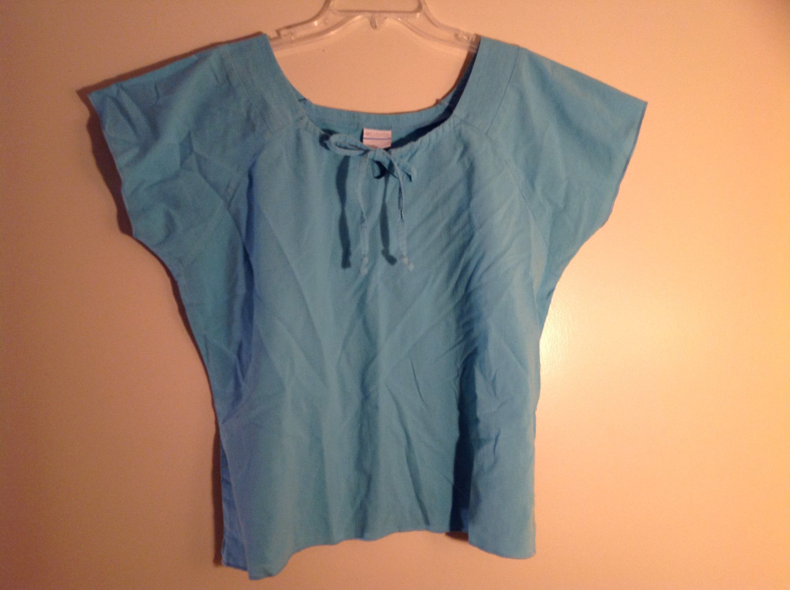 Columbia Blue Short Sleeve Blouse Tie at Neck Square Neckline Size XL