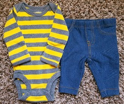 Boy's Size NB Newborn 2 Piece Carter's Yellow/ Gray Striped Top, Pants - $14.00
