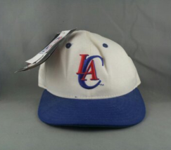 LA Clippers Fitted Hat (VTG) - By New Era (59-50) - Size 7 - $89.00