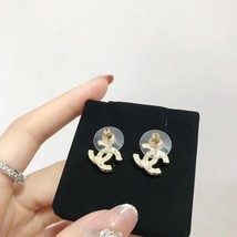 NEW AUTHENTIC CHANEL Classic Strass Crystal Pearl CC Logo Stud Earrings Gold  image 3