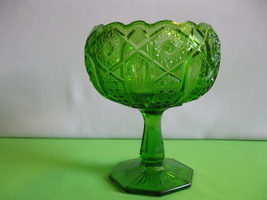 """McKee Glass Quintec Green 7 1/2"""" Pedestal Compote or Candy Dish Wedding ... - $47.99"""