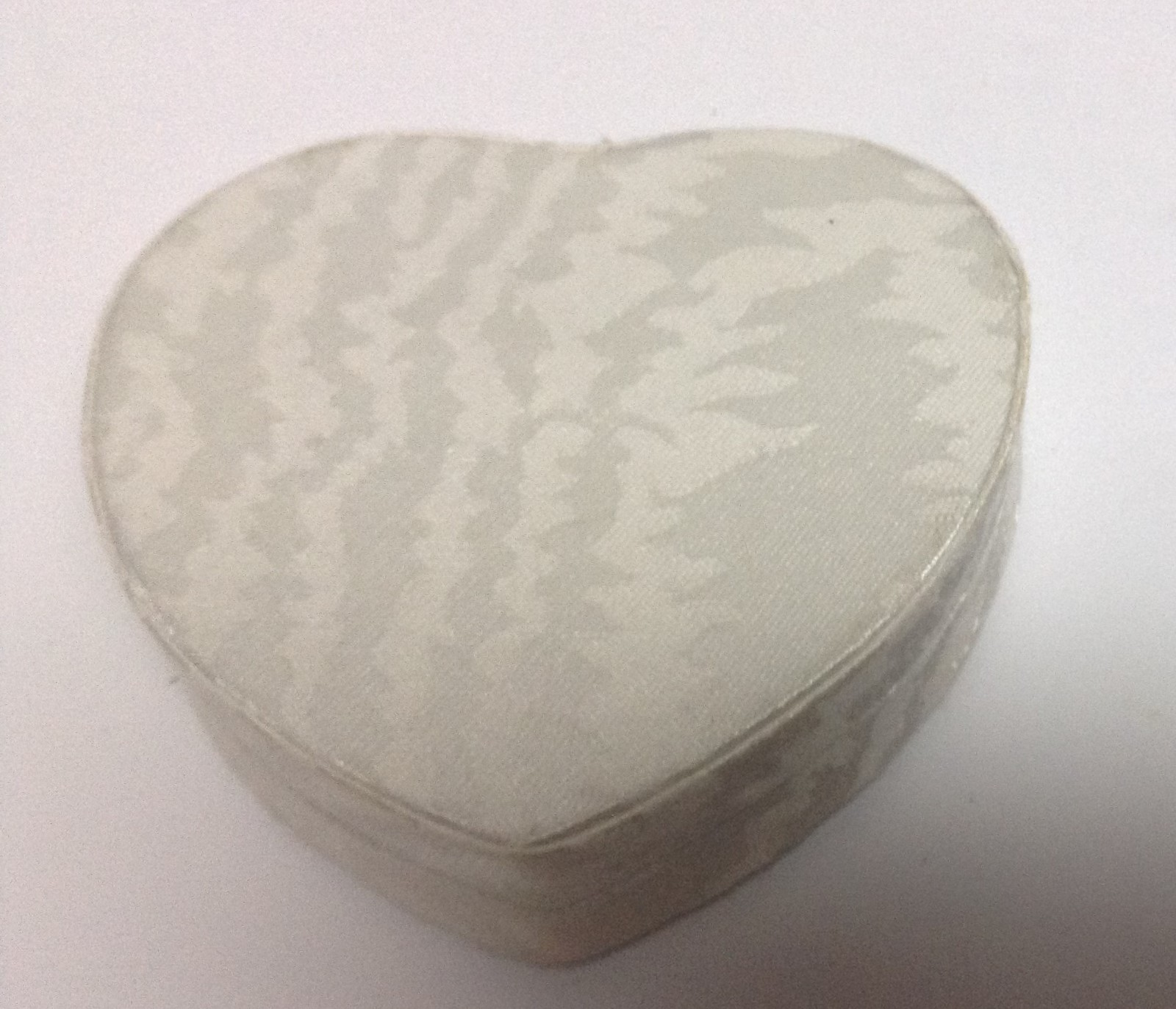 Minature Heart Photo Frame In Heart Box Pearl White