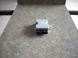 2013 MAZDA 3 FUEL PUMP CONTROLLER PE0118561