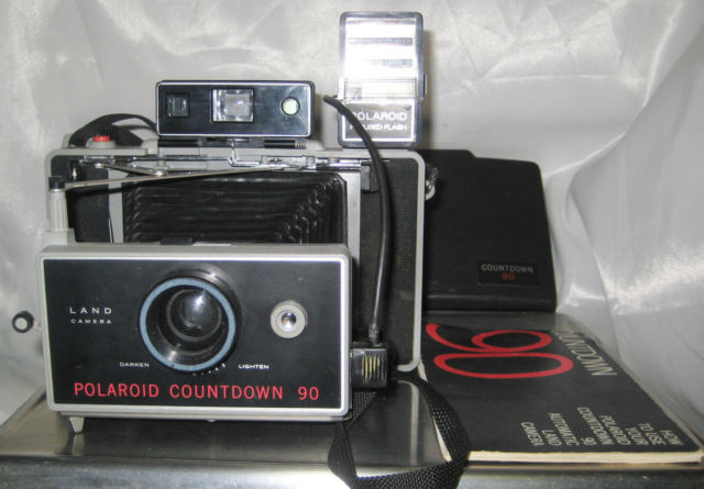 Vintage Polaroid Countdown 90 Camera & 490 Polaroid Focus Flash & Instructions