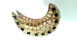 Lisner Gorgeous Brooch Gold Tone Vintage Pin Green Rhinestones - $26.99