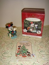 Hallmark 1999 Minnie Trims The Tree 3rd In Archives Series Ornament - $13.49