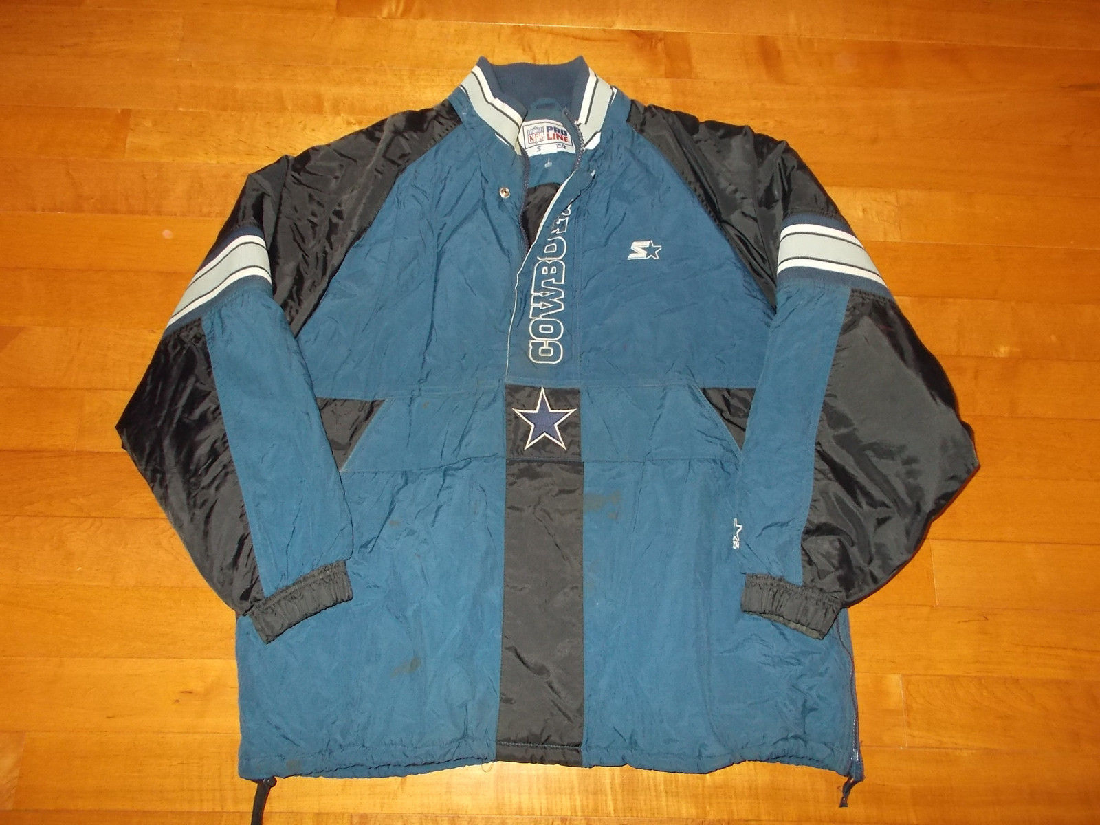 huge selection of f2ef4 39542 VTG-Dallas Cowboys Zip Up Starter Parka Coat and similar items