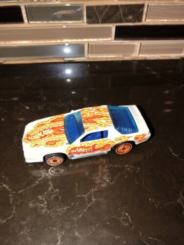 Primary image for Vintage 1983 hot wheels Mattel race car with flames