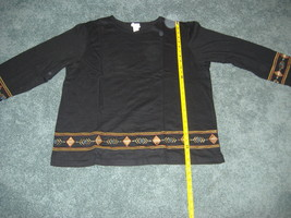 WOMEN'S BLACK AZTEC STYLE TOP AND PANT SET SIZE XL NEW - $24.99