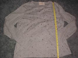 Crossroads  Women's  Button Front Knit Top Gray Floral Design Large Size L - $14.99
