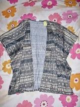 Cacia Gold Foil Tribal Print Kimono M - $11.40