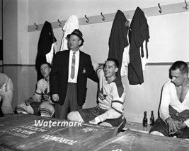 NHL 1950's Toronto Maple Leafs Dressing Room Punch Mahovlich Shack 8 X 1... - $5.99