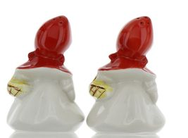 """Hull Little Red Riding Hood 5"""" Range Salt and Pepper Shaker Set BBB image 5"""