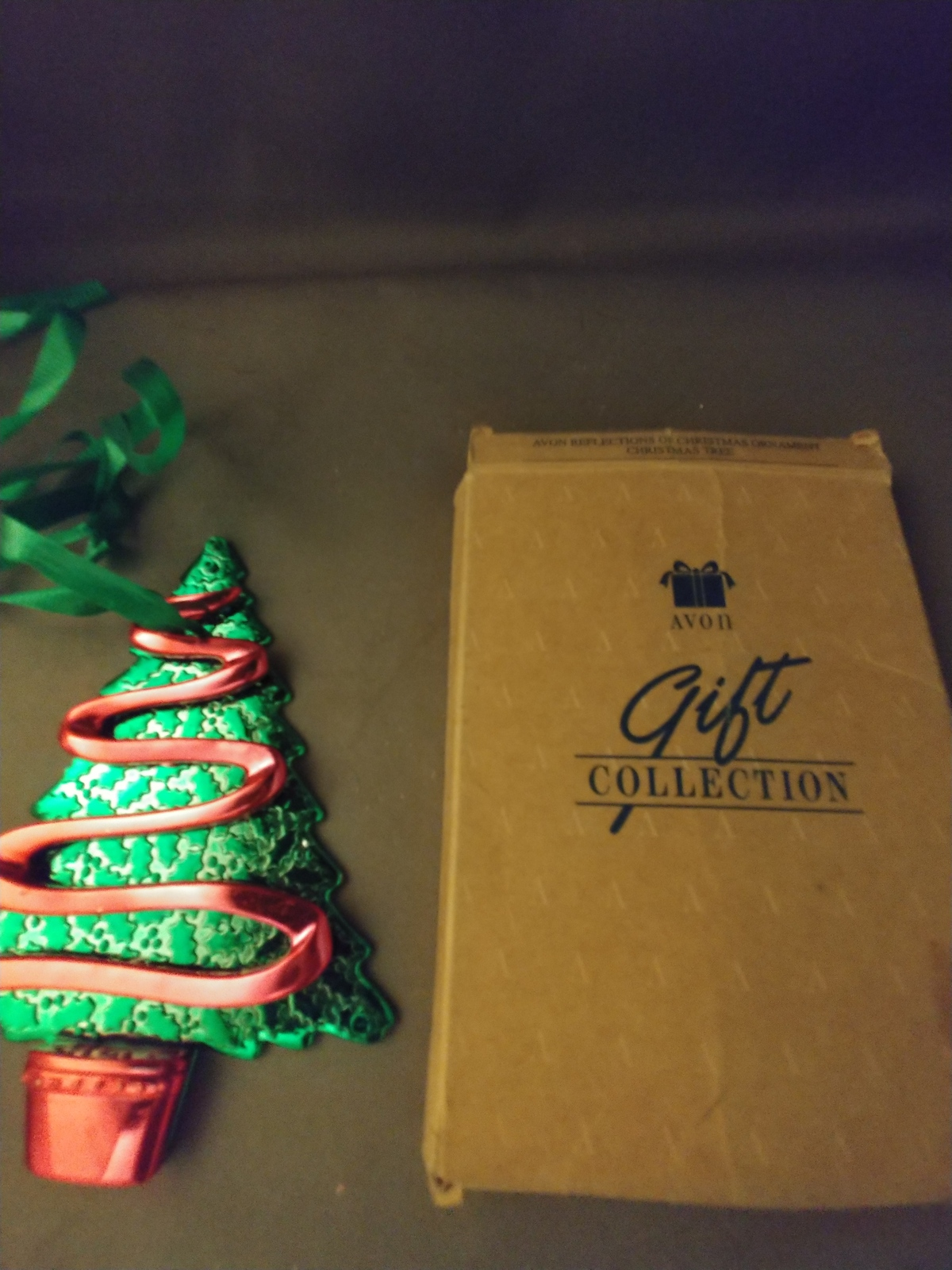 AVON Gift Collection Reflections of Christmas Ornament - Christmas Tree