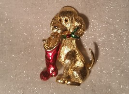 Vintage Signed Gerry's 1960 Enamel Dog With Holly and Stocking Goldtone Pin - $21.50