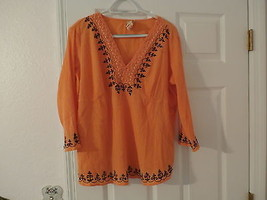 WOMEN`S LONG SLEEVE EMBROIDERED  BLOUSE  SIZE 18/20 - $14.00