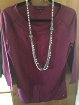 Tommy Hilfiger Size Medium Purple/plum Scoop Ne... - $13.85