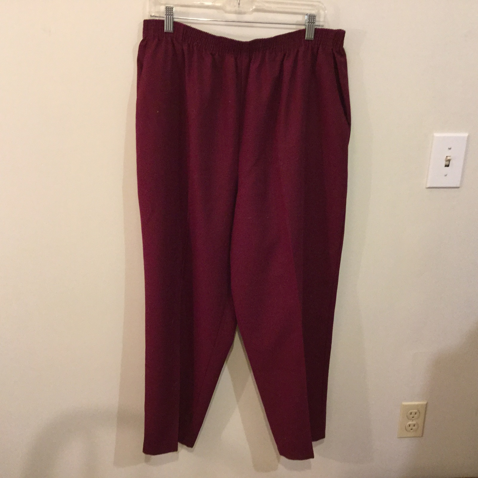 Briggs Maroon 100% Polyester Elastic Waist Pants, size 20W