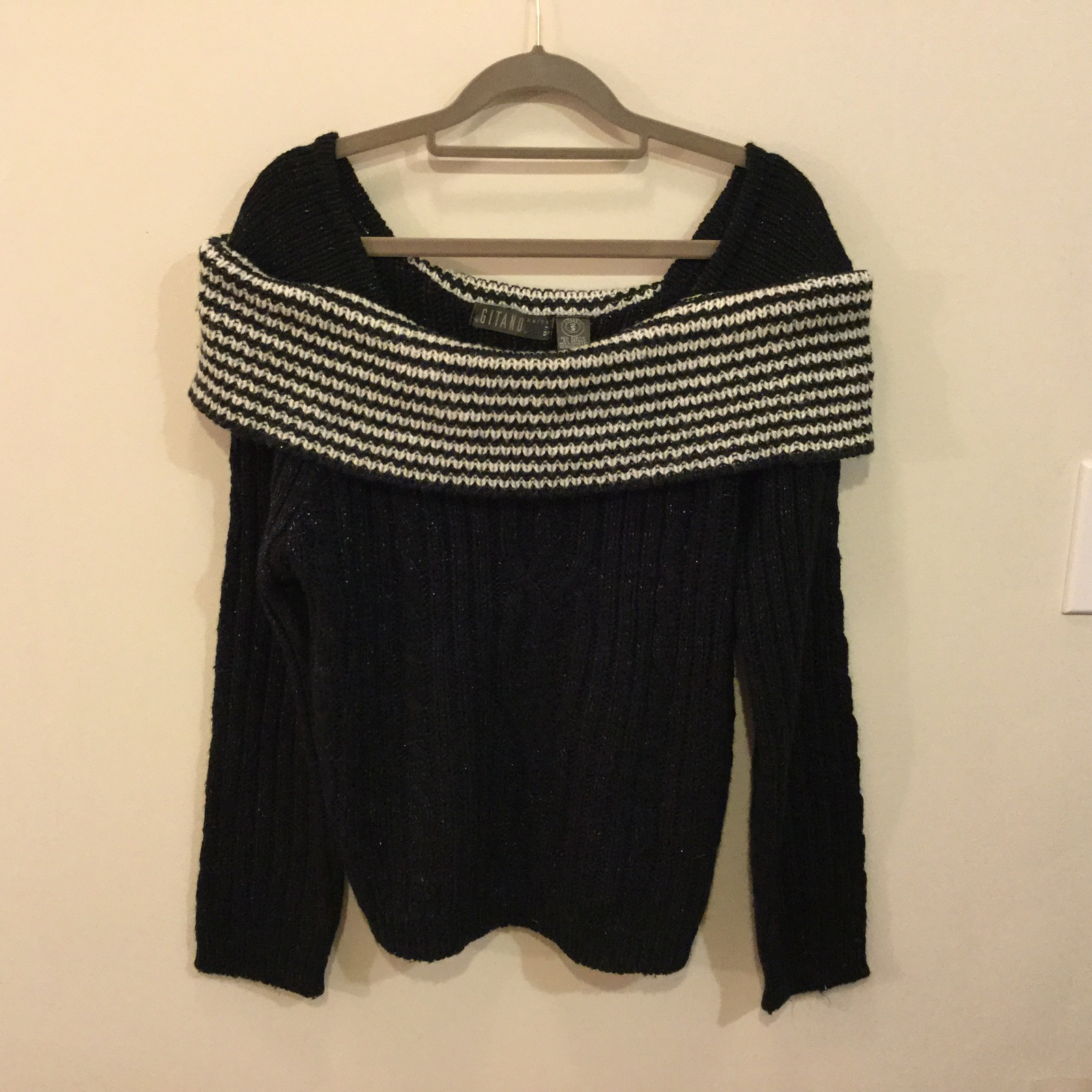 Gitano Black Sweater with Striped Off-Shoulders Collar, size S, knitted