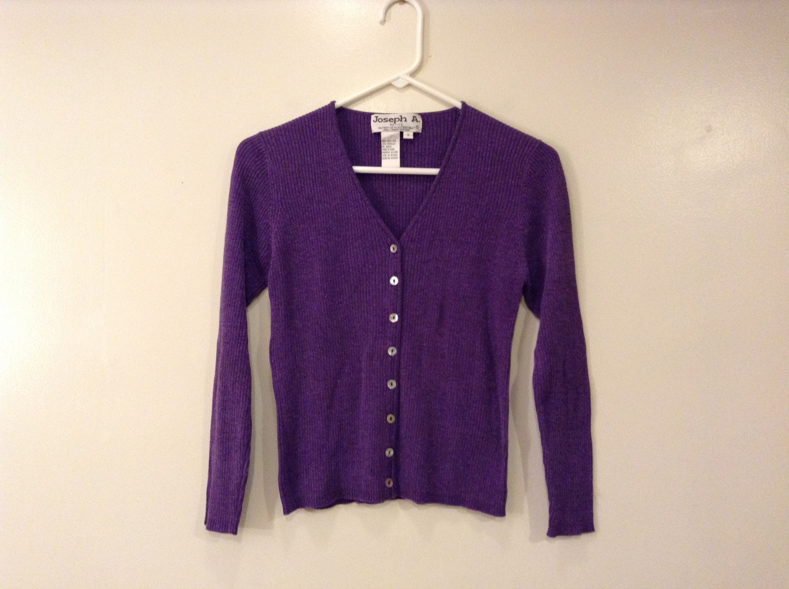 Joseph A. Petite Violet Metallic V-Neck Front Buttons Sweater Cardigan, size SP
