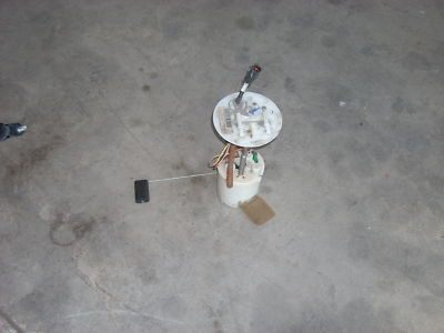 2008 FORD ESCAPE FUEL PUMP 8L84-9H307-CD