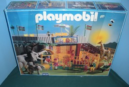 Vtg. Playmobil #3634 Animal Shelter/Zoo Complete with Box/NEAR MINT (B) ... - $150.00