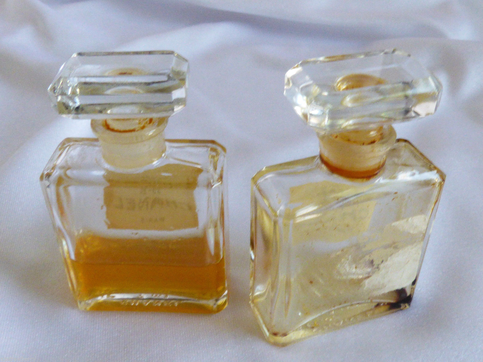VTG set of 2 Chanel No 5 Perfume 7.5 ml 1/4 oz Rare with perfume image 5