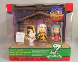 Peanuts Mini Figure Nativity Christmas Set Fold Out Stage New in Box - $24.74