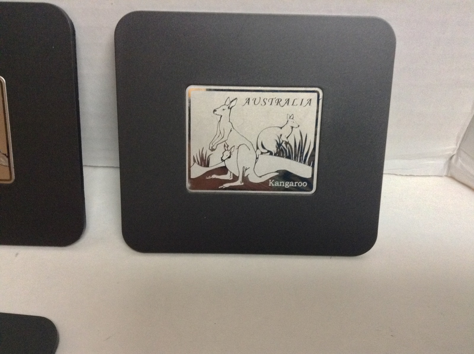 COLLECTIBLE AUSTRALIAN SOUVENIR COASTERS 6 DIFFERENT ANIMALS NIB