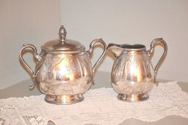 Antique Hall Elton and Co Covered Sugar with Cr... - $95.00